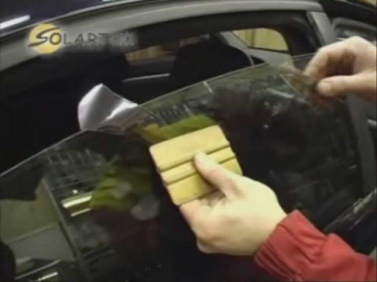 Тонирование стекол автомобиля своими руками